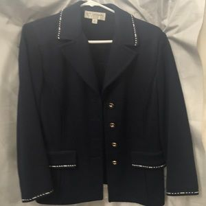 St Johns suit . Navy Blazer 10 . Skirt 8